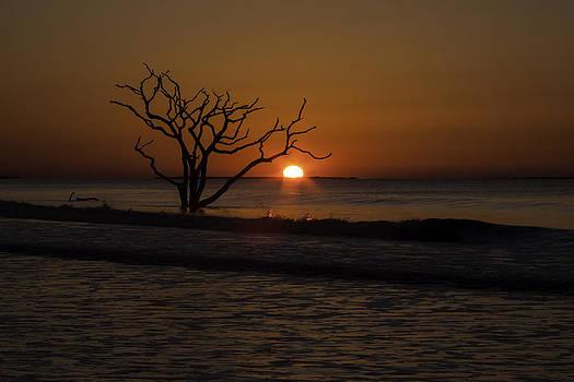 Red Dawn by Steve Hucks