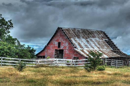 Lisa Moore - Red Greenville Barn