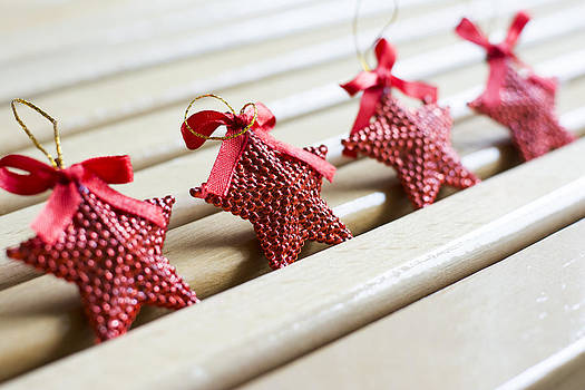 Newnow Photography By Vera Cepic - Red hearts Christmas decoration