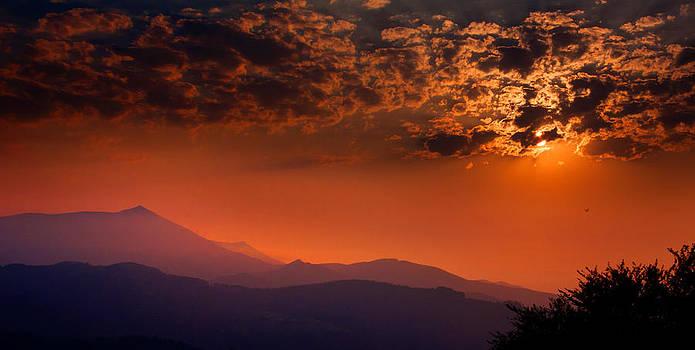 Weston Westmoreland - red sumer sunset