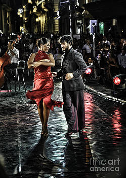 Red Tango by F Icarus