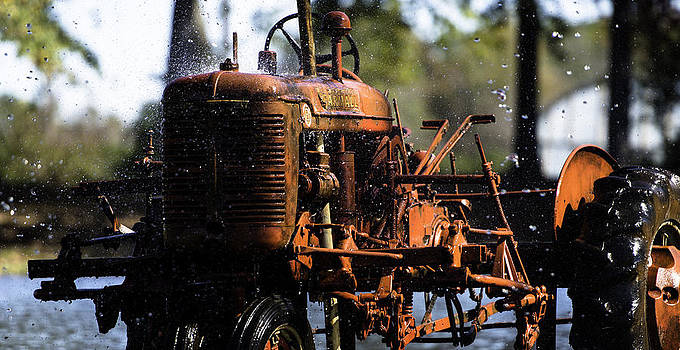 Alan Roberts - Red Tractor
