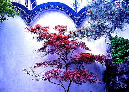 HweeYen Ong - Red