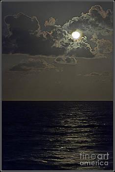 Reflejo de luna by Agus Aldalur