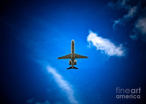 Regional Jet by Rastislav Margus