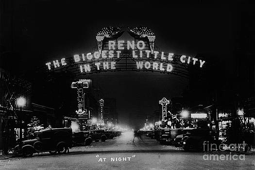 California Views Mr Pat Hathaway Archives - Reno Nevada The Biggest Little City in the World. The arch spans Virginia street circa 1936