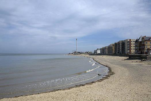 Rhyl beach by Christopher Rowlands