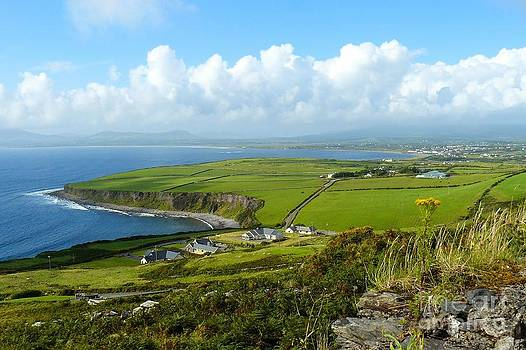 Ring of Kerry by Gisela Scheffbuch