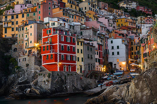Riomaggiore by Mike  Walker