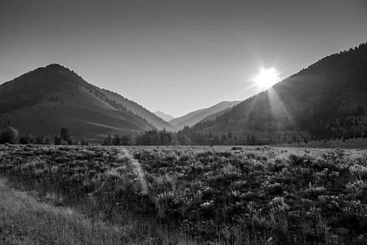 Rising Sun Idaho by Eric Benjamin