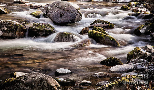 Simon Bratt Photography LRPS - River flowing over rocks