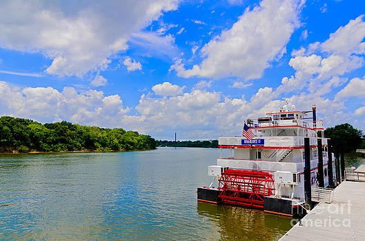 Danny Hooks - Riverboat on the Alabama River