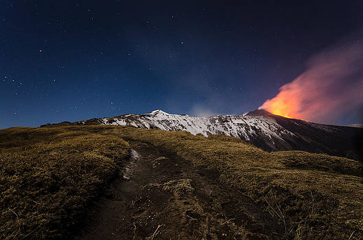 Road to the fire by Marco Calandra
