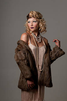 Roaring 20's by Greg Thelen