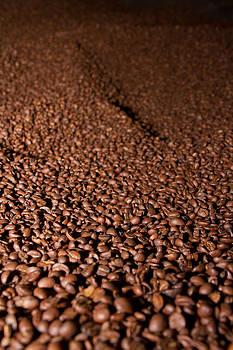Roasted coffee by Joep K