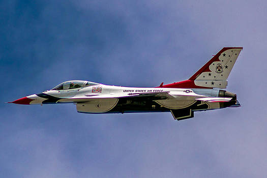 Rochester Air Show Thunderbirds by Tim Buisman