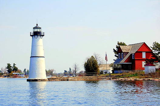 Linda Rae Cuthbertson - Rock Island Lighthouse