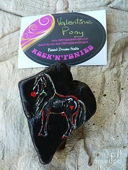 Rock 'N' Ponies - Valentine Pony by Louise Green