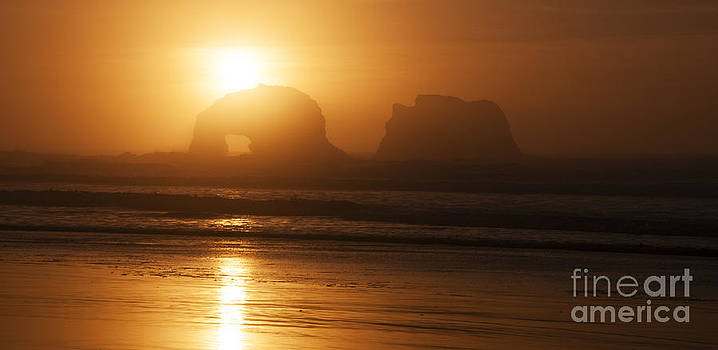 Vivian Christopher - Rockaway Beach