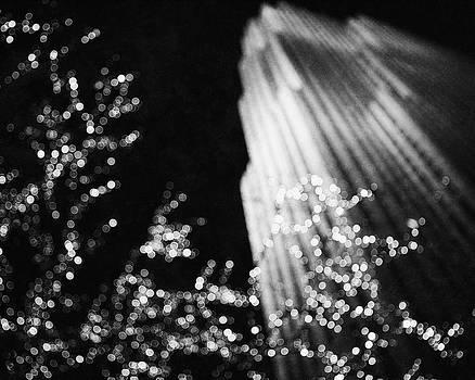 Lisa Russo - Rockefeller Center Christmas in Black and White
