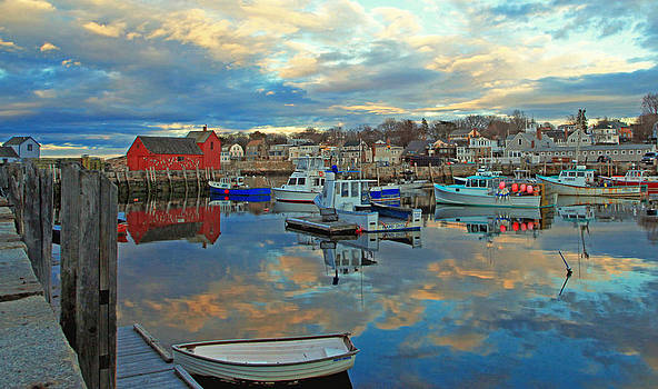 Rockport's Motif #1 by Elaine Somers