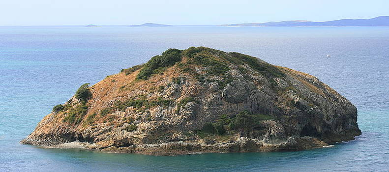 Rocky Island by Rachael Curry