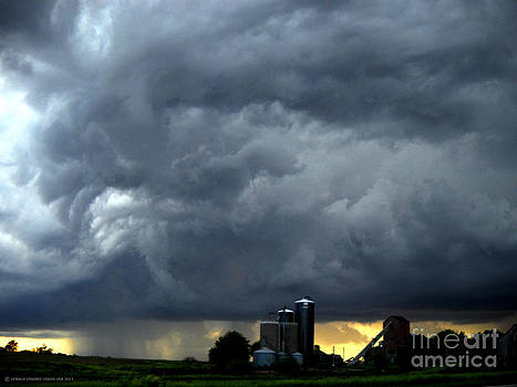 Rolling Thunder over Nebraska by Gerald MacLennon