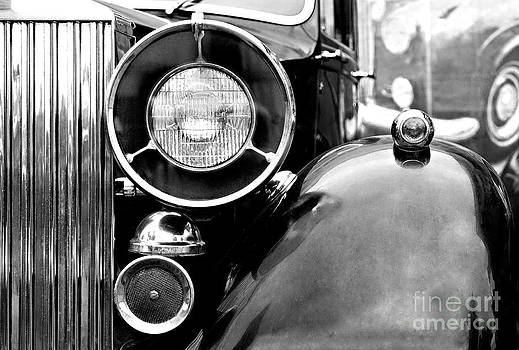 Rolls Royce by Evgeniy Lankin