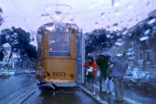 Daniel Furon - Roma in the Rain