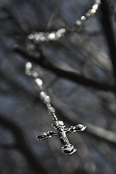 Rosary Meditation by Mamie Thornbrue