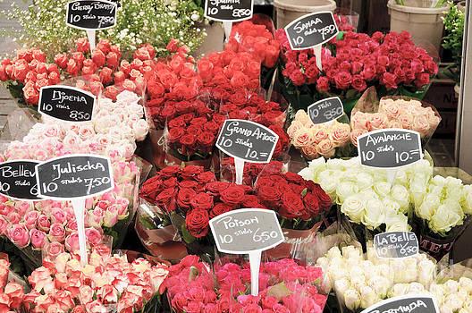 Oscar Gutierrez - Rose bouquets for sale
