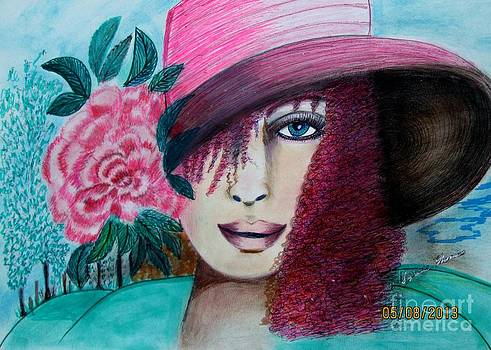 rOSE hAT by Suzanne Thomas
