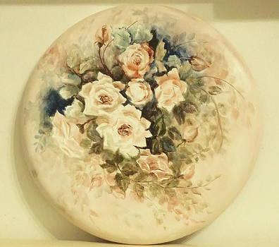 Rose in white by Patricia Rachidi