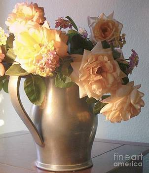 Diana Besser - Roses in Pewter Vase