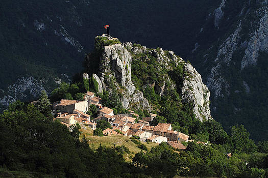 Alex Sukonkin - Rougon Alpen Village