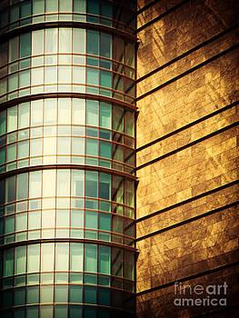 Silvia Ganora - Round facade