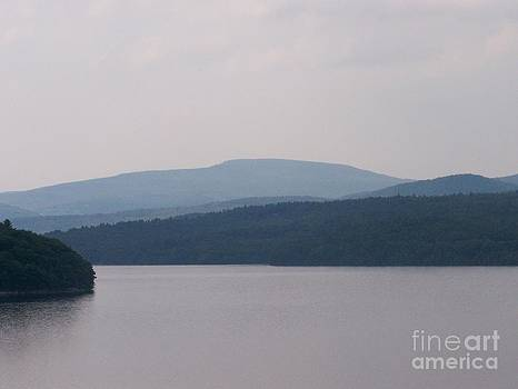 Roundout Reservoir by Kevin Croitz