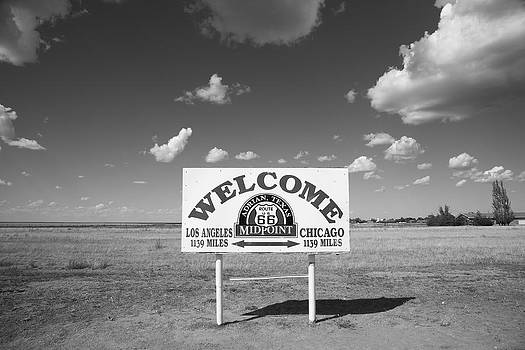 Frank Romeo - Route 66 - Midpoint Sign
