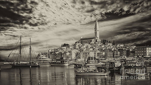 Rovinj bay at sunrise by Valerii Tkachenko