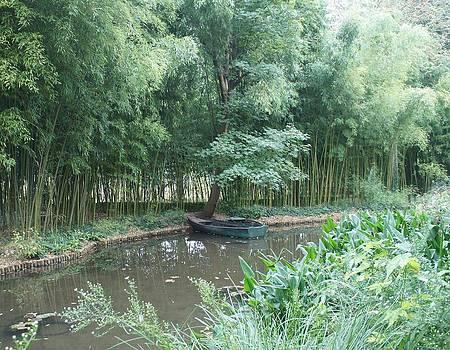 Row Boat by Kristine Bogdanovich