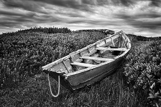 Nikolyn McDonald - Rowboat at Prospect Point - Black and White