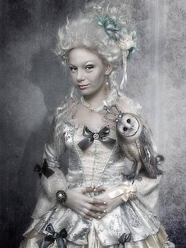 Royal by Cindy Grundsten