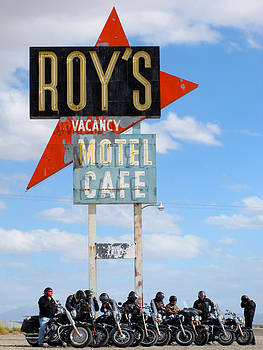 Roy's Motel by Keith May