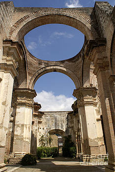 John  Mitchell - RUINED CATHEDRAL Antigua Guatemala