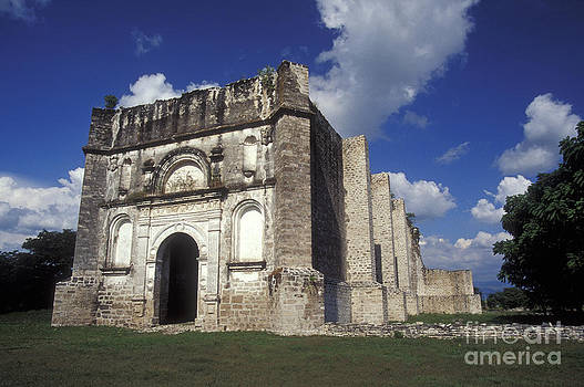 John  Mitchell - RUINED MISSION CHURCH Chiapas Mexico