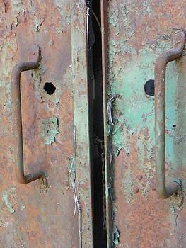 Rust 8 by Bernie Smolnik