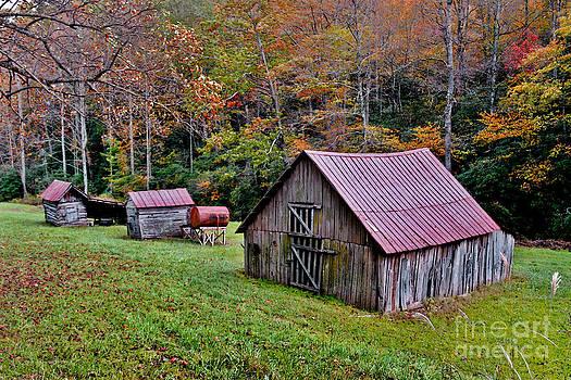 Jeff McJunkin - Rustic Barns