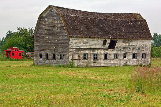 Rustic Old Barn by Bob Noble