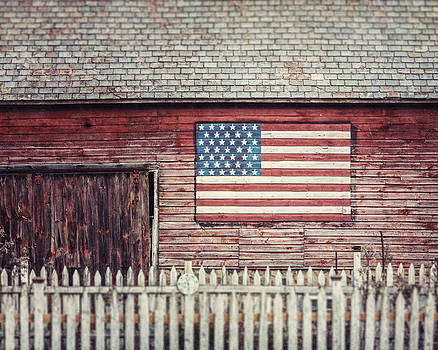 Lisa Russo - Rustic Red Barn with American Flag