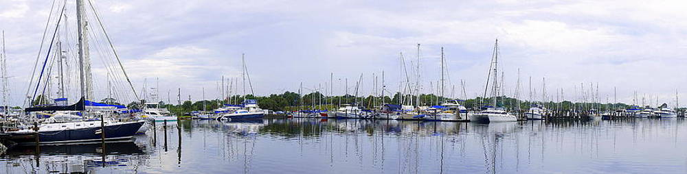Laurie Perry - Sailboat Pano